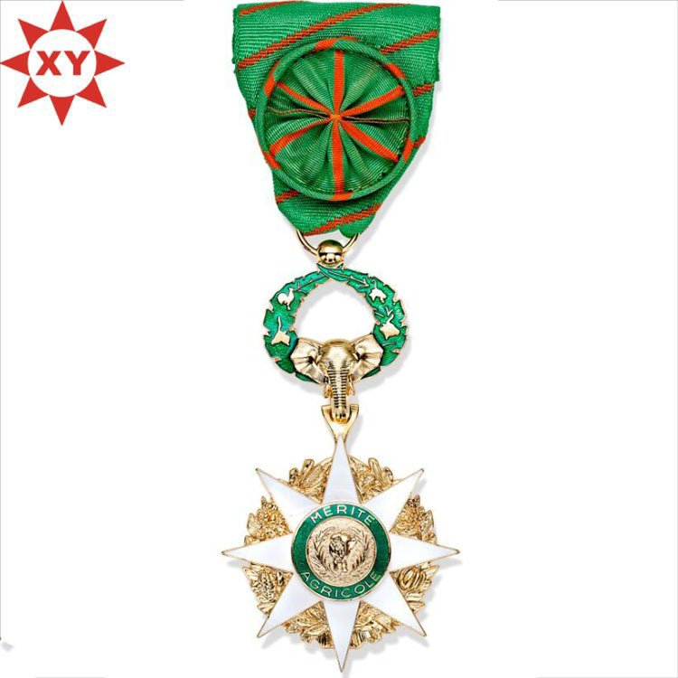 Hot Sell Star Medals Plated Gold with Fashion Handmade Ribbon