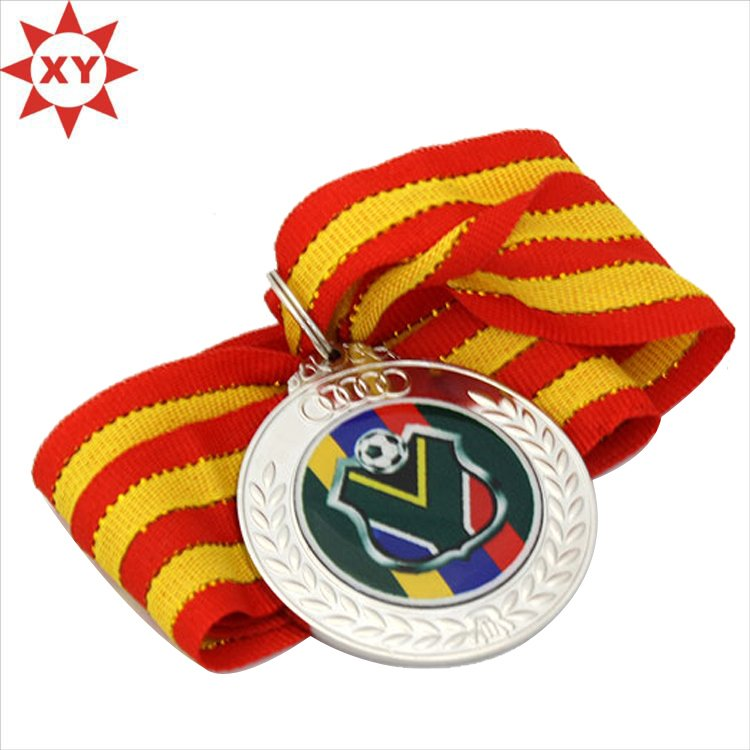 Wholesale Cheap Mirrored Silver Football Sport Metal Medal with Ribbon
